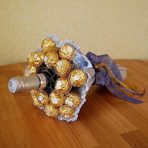Букет из конфет Ферреро Роше с вином
