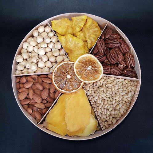 подарочный набор орехов и сухофруктов