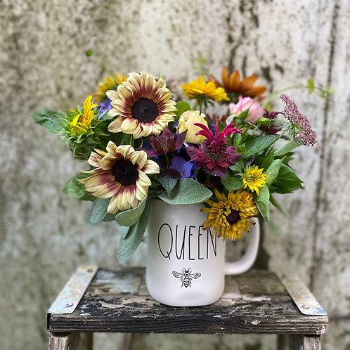 Queen Bee Bouquet