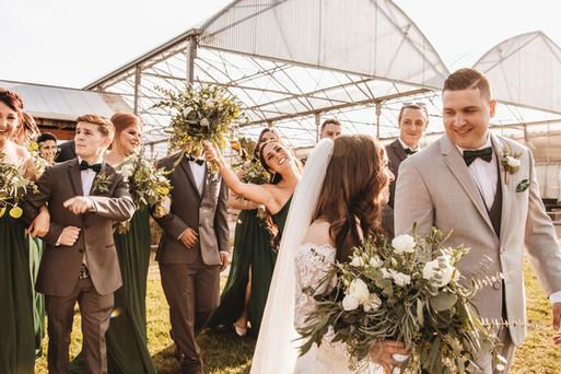 greenhouse-bridal-party-buchwalter-green