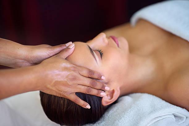 Non-Surgical Natural Lift Facial Massage