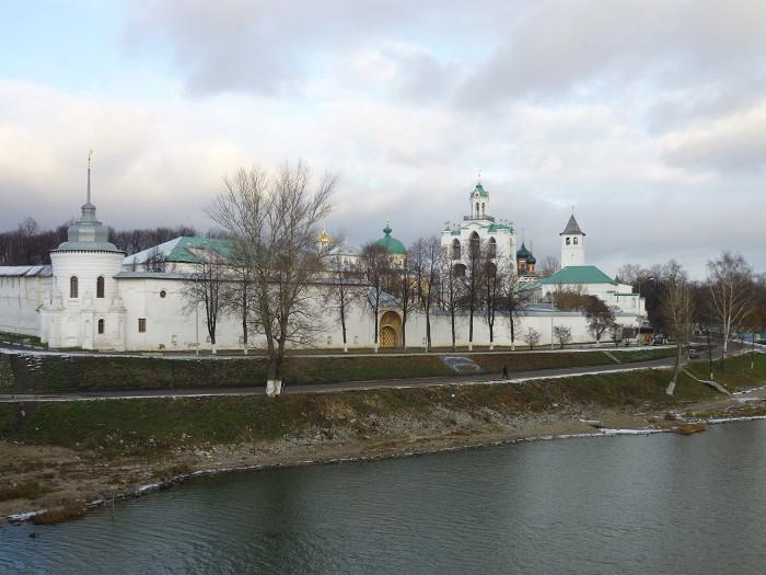 FORTRESS OF SPASO-PREOBRAZHENSKY MONASTERY KREMLIN