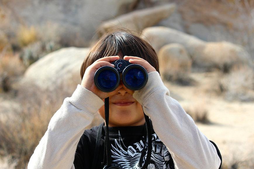 binoculars_child_pixabay.jpeg