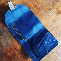 Tiny wallet bleu roi (3).jpg