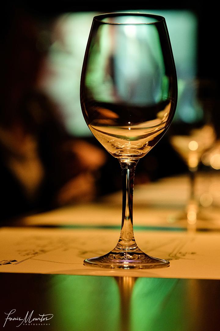 ποτηρι κρασι