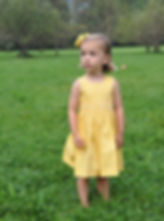 Gesmocktes Kleid, gelb, ärmellos