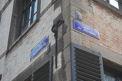plaques rue brasseurs et quai joghiers.J