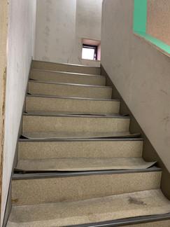 階段修繕.JPG