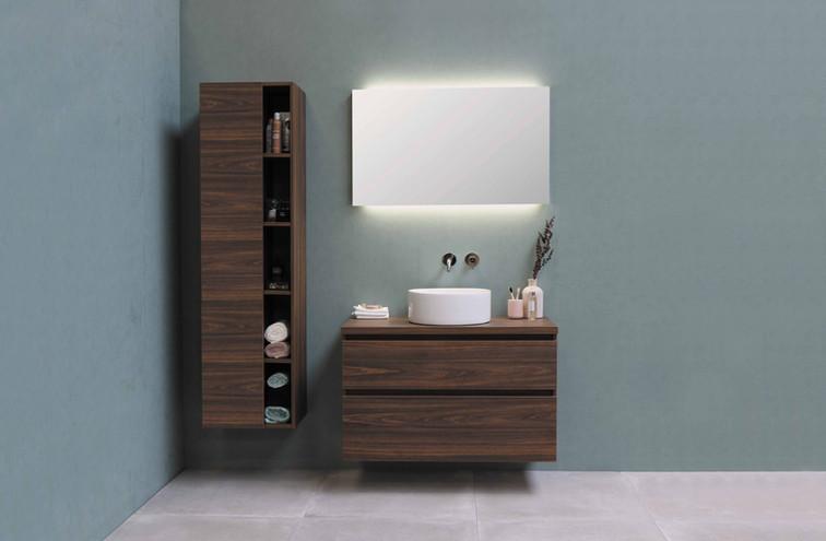 Ultimate spejl med indirekte LED belysning over samt under spejlet