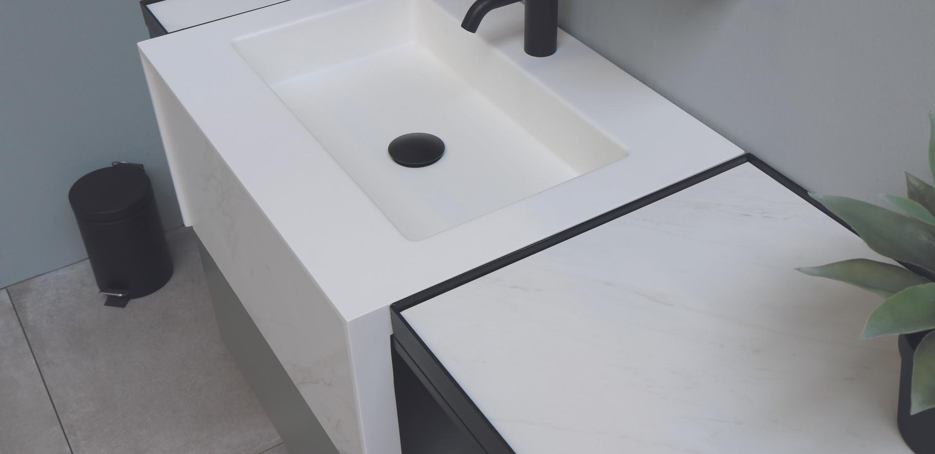 Tilo met ferro frame - wastafel(2).jpg
