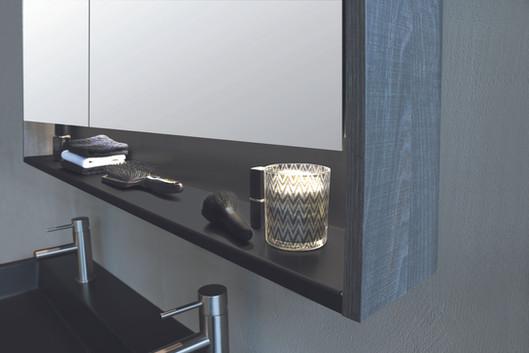Spiegelkast met regaal mat zwart 120 cm