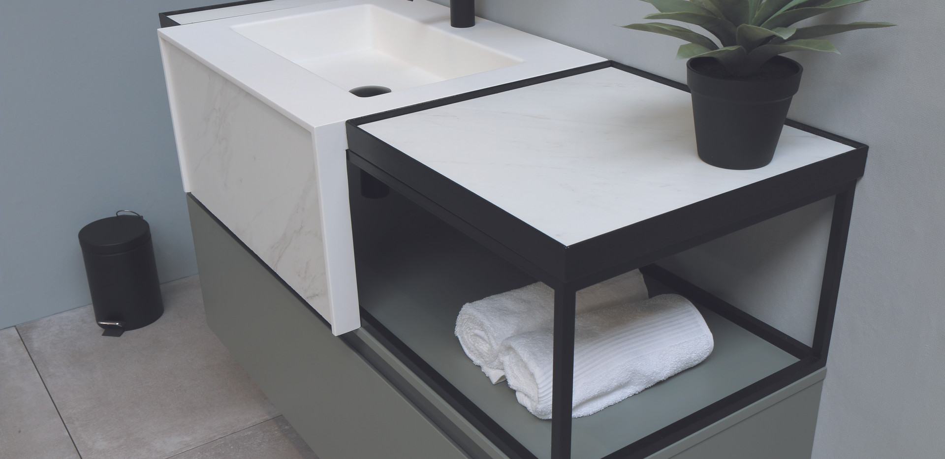 Tilo met ferro frame - wastafel(1).jpg