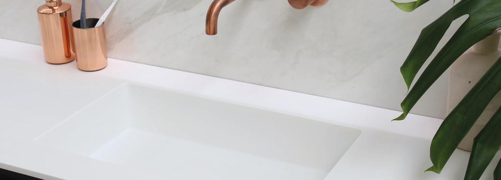 Spazio - håndvask 12 mm + møbel i lakeret mat sort