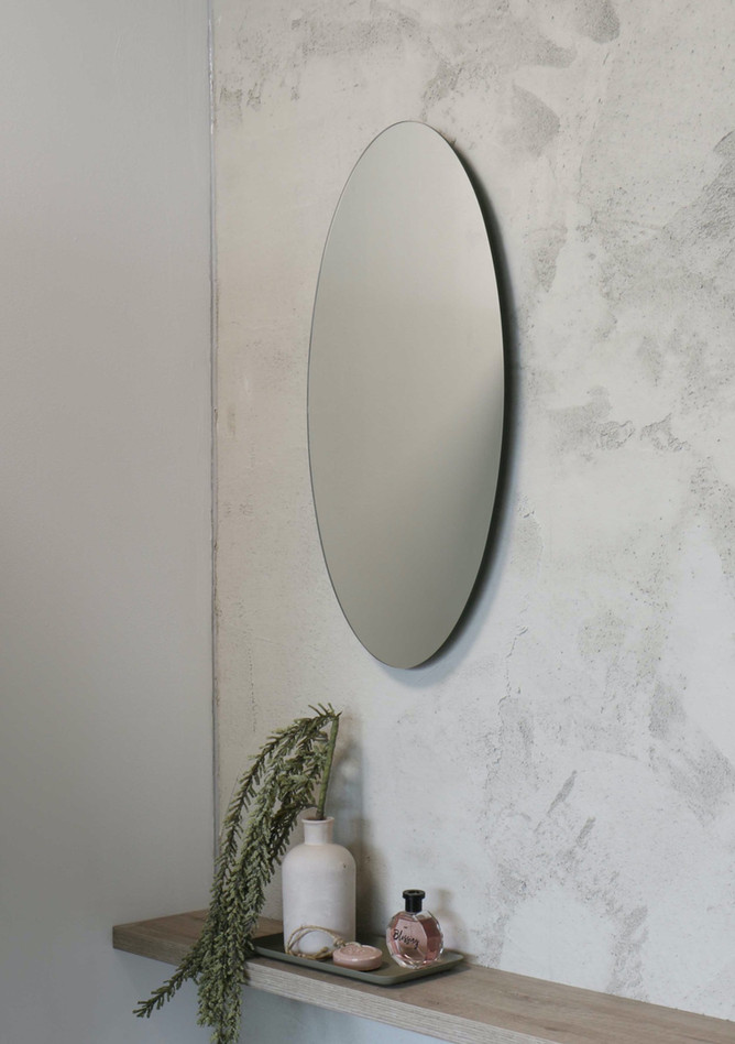 Ovale spiegel op alu kader