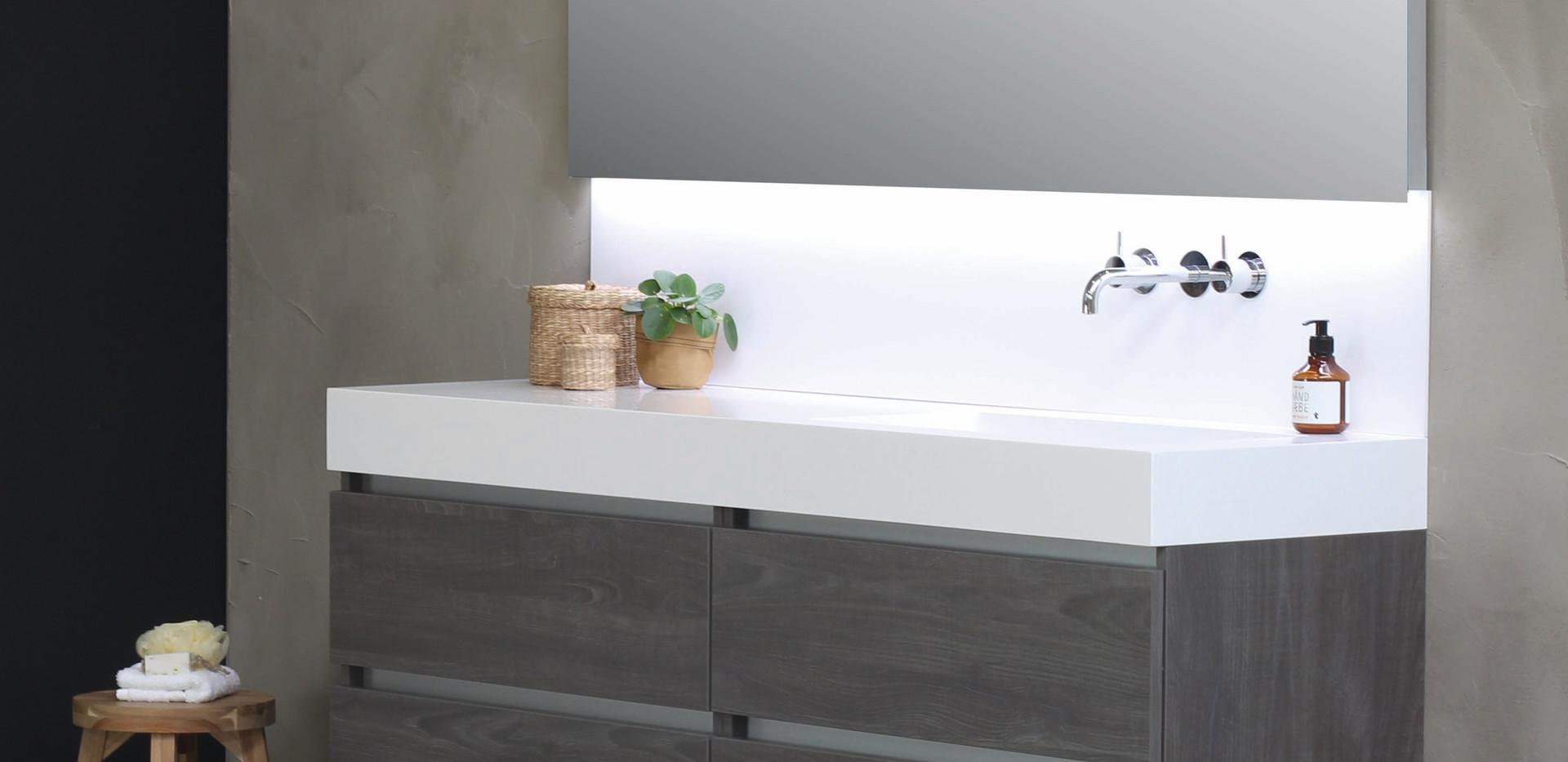 Spazio - håndvask med høj kant + møbel i original grå