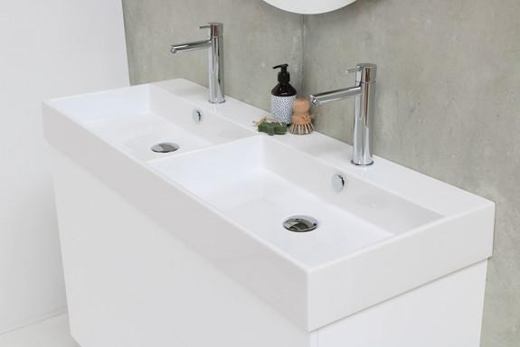 Unlimited blank hvid - push open mat hvid
