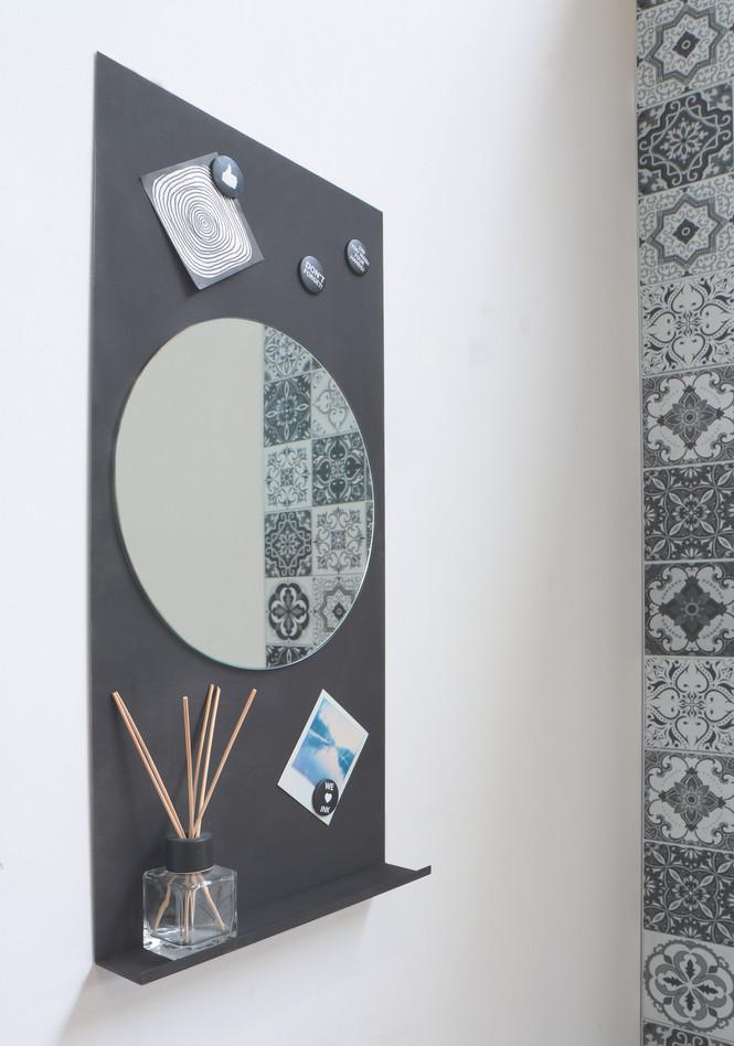 Spiegel rond op note planchet mat zwart