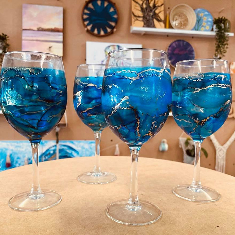 SPRINGFIELD - Orion -  Learn to make  4 alcohol ink wine glasses