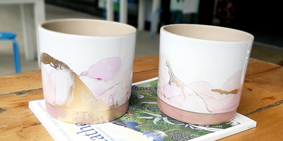 SPRINGFIELD - Learn to make two decorated alcohol ink pots