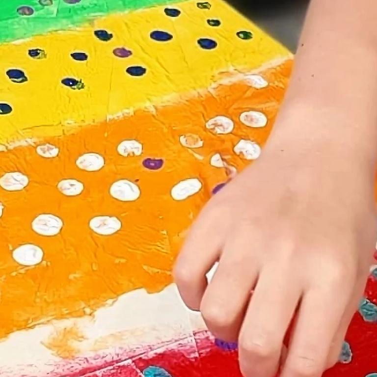 BALD HILLS - LA ZUCCA - Kids School Holidays 'finger painting workshop'