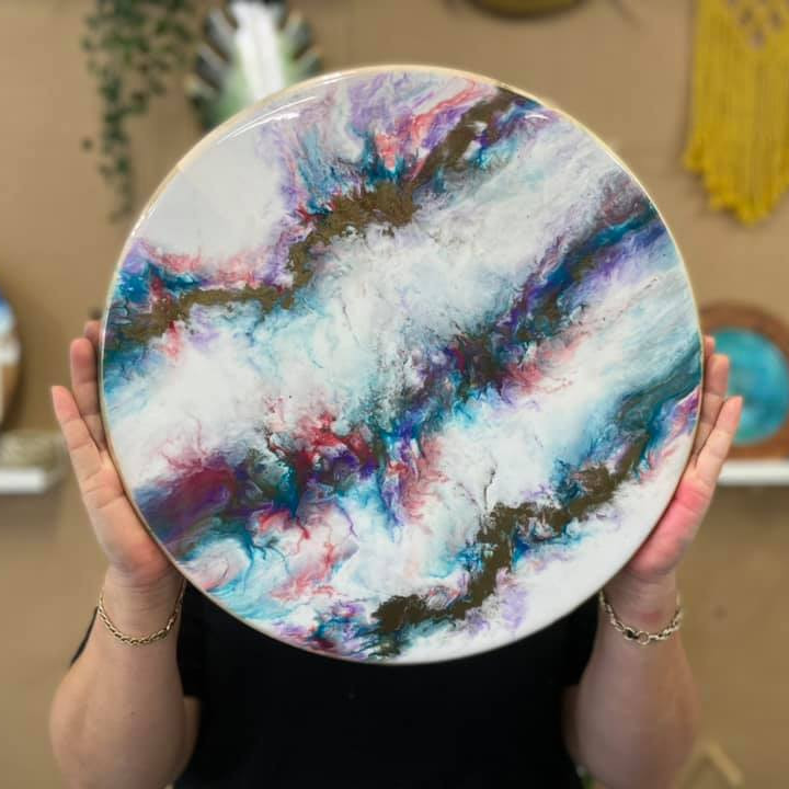 PLAINLAND - Faith Lutheran College - Learn to pour resin art 'Make a Lazy Susan'