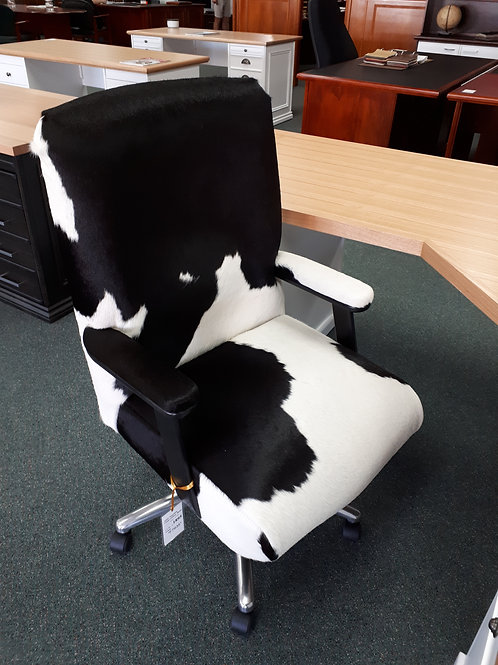 Special Executive Chair in Cowhide