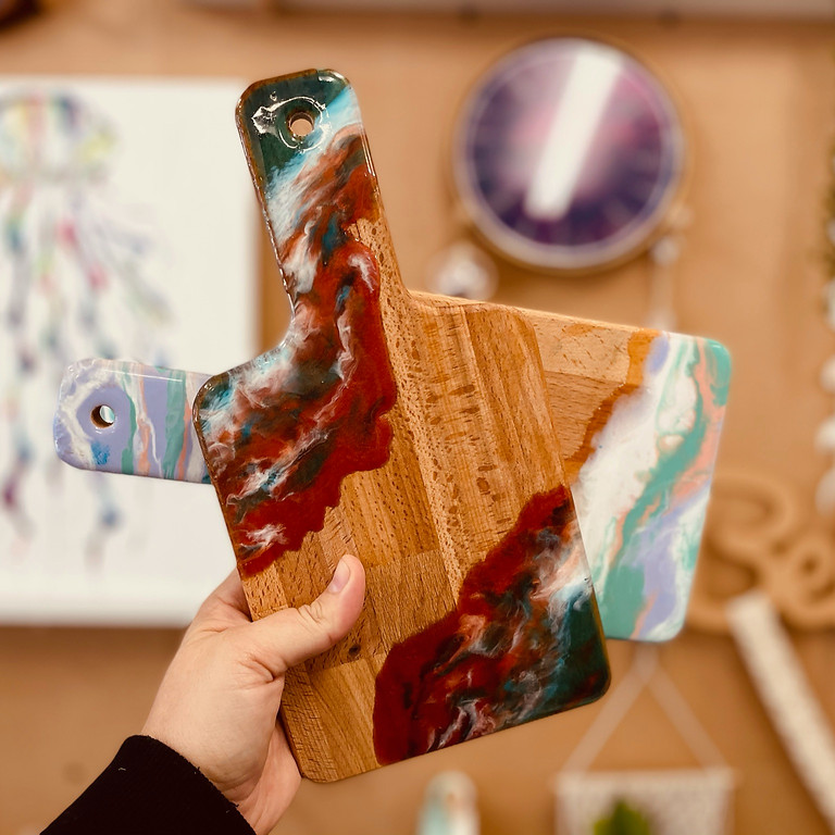 SPRINGFIELD - Orion -  Learn to make  1 resin cheeseboard and 2 coasters