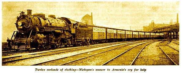 michigan-train-12-cars-of-clothing-neaar