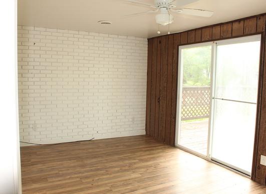 Living room 2a.jpg