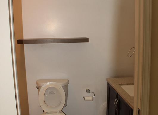 Master bathroom 1b.jpg