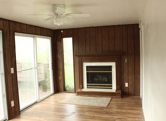 Living room 2b.jpg