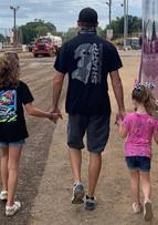 Daryn Pittman with daughters