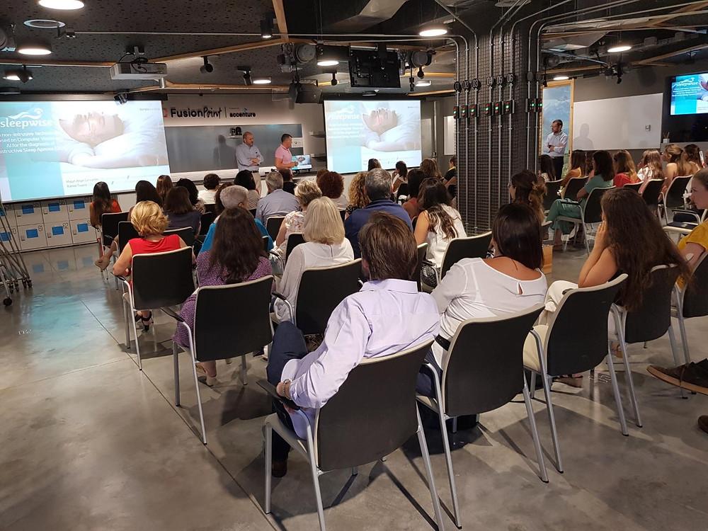 Los representantes de la startup mostraron la innovación que presentan al mercado