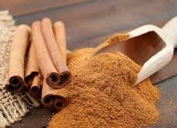 Cinnamon spice ( Canela especia)