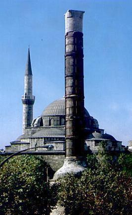Resim-4-Çemberlitaş Sütunu (Konstantin Kolonu)