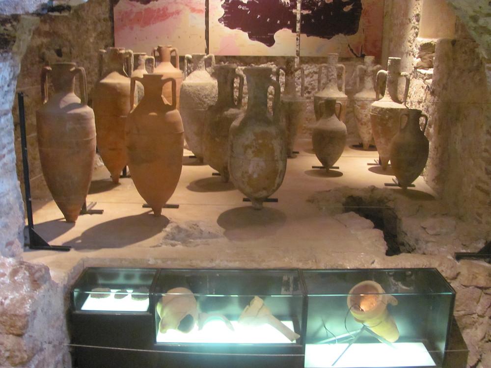 Roman Amphoras, St.Marguarite, Cannes -2mi3-