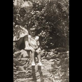 1940s, Maria-Antoinette & Theodora -