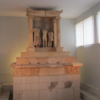 Lahit Nikeratos ve Oğlu Polyxenos / Pire Arkeoloji Müzesi