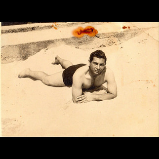 1940s In The Summertime / Aleko in the beach