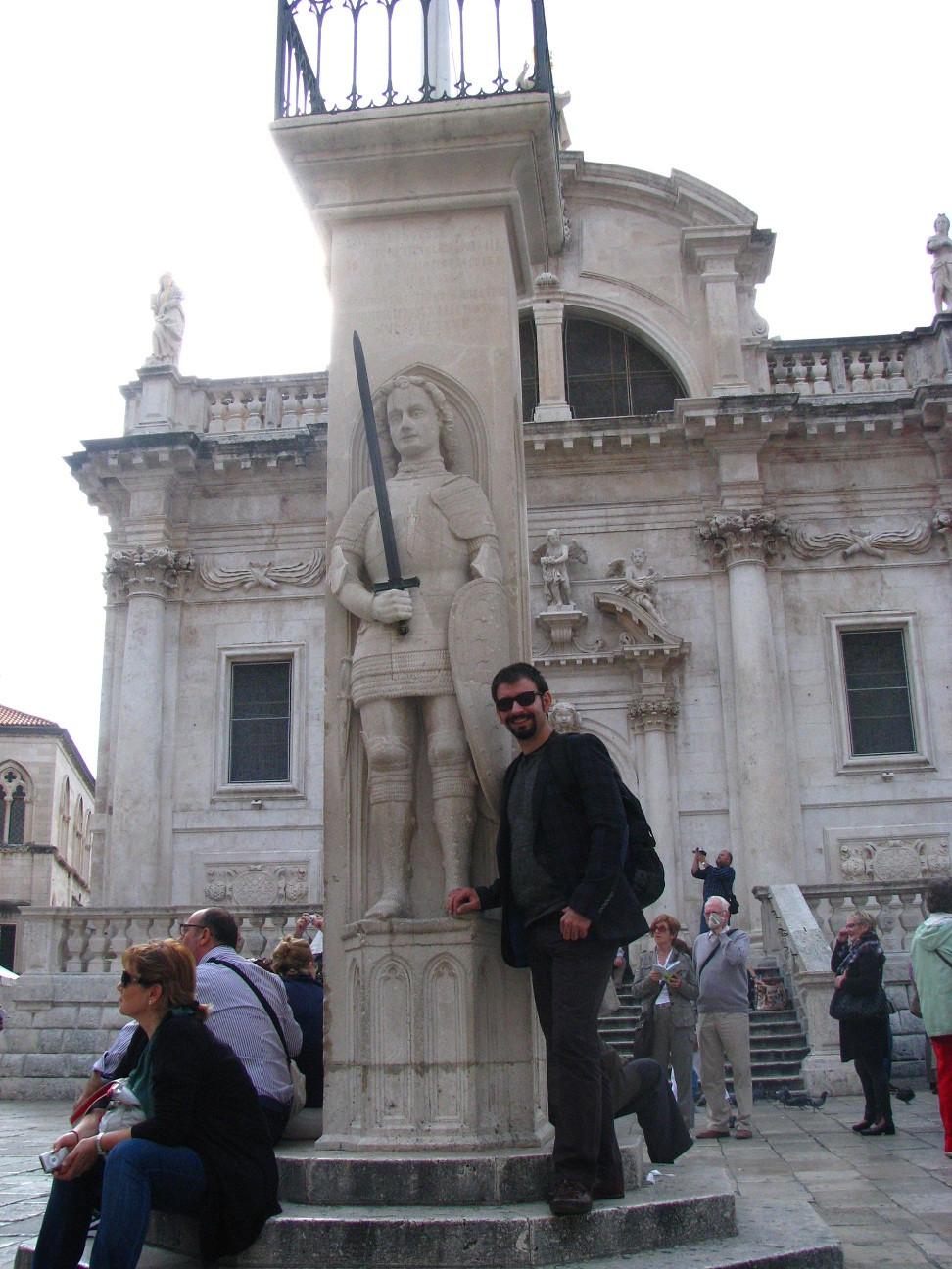 2mi3 Dubrovnik Orlando's Column
