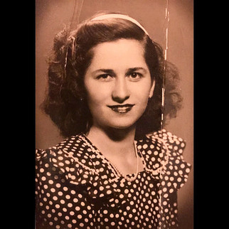 The Portraits / 1940s Cusepina Sanzoni