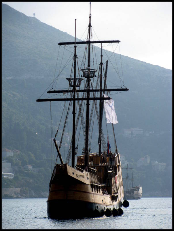 Karaka the Galleon- Dubrovnik, 2mi3