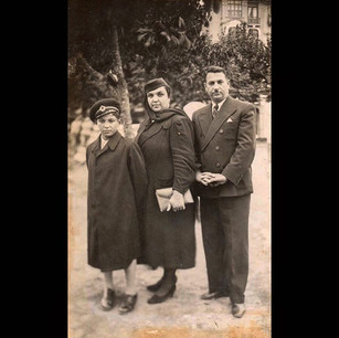 1930s The Vafiadis Family