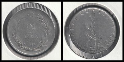 2½ Lira