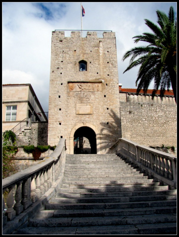 Korcula Main Gate, Dubrovnik - 2mi3