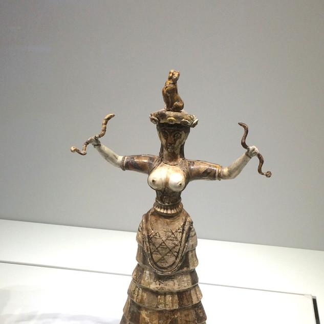 Yılanlı Tanrıça / Heraklion Arkeoloji Müzesi