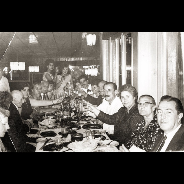 Akasi, Koskeri & Koulurgioti Families, The Days in Buyukdere, Sarıyer / 1960s The Celebration