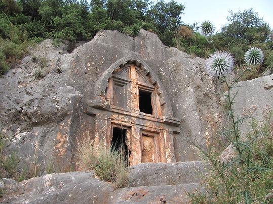 Kaş Antiphellos Likya Kaya Mezarı