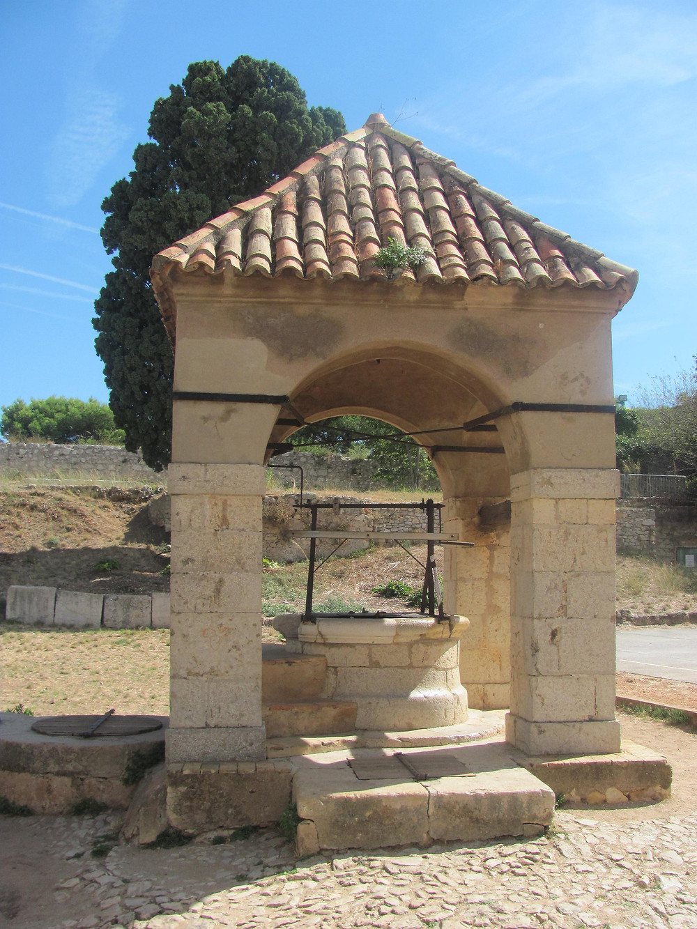 St.Marguarite Fort Fountain, Cannes -2mi3-