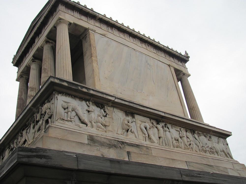 2mi3 Tomb of Heinrich Schliemann Athens - A Side -